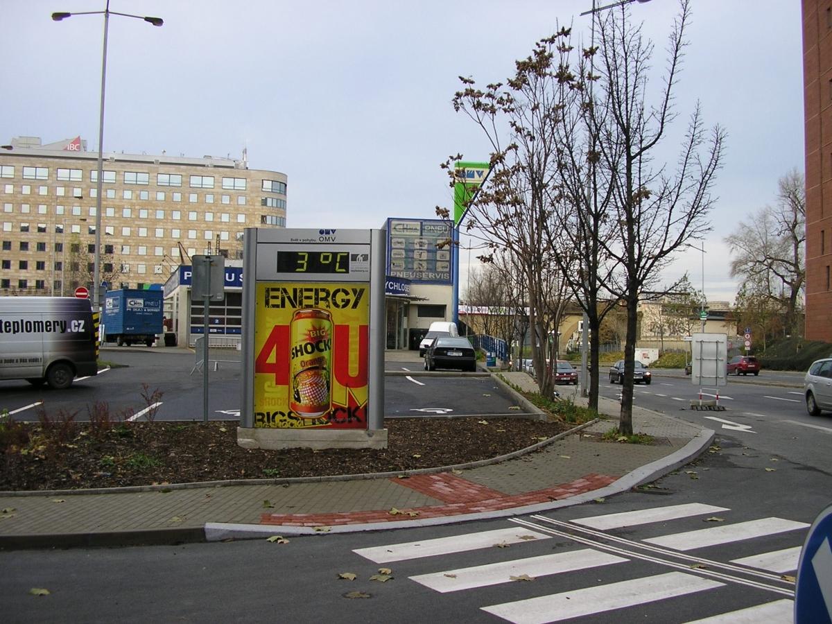 SHOCK - Praha Pobřežní ul. / OMV